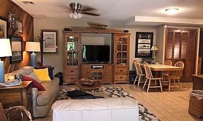 Living Room, 14016 W 31st St S, 1