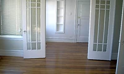 Patio / Deck, 2950 Fulton St, 1