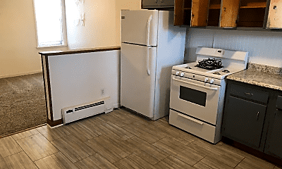 Kitchen, 816 Midland Ave, 1