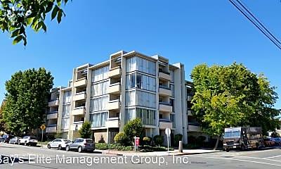 Building, 4101 Howe St, 0