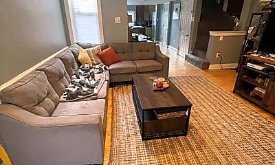 Living Room, 908 New Market St, 1