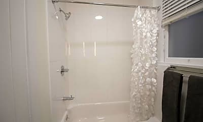 Bathroom, 1740 Sacramento St, 2