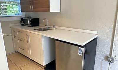 Kitchen, 1512 SW 10th St 2, 2