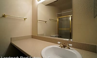 Bathroom, 844 Tenderfoot Hill Rd, 2