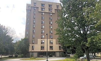 Henry J. Pariseau Apartments, 0