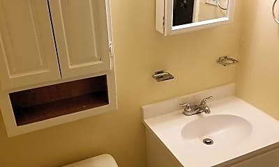 Bathroom, Washington Woods, 2