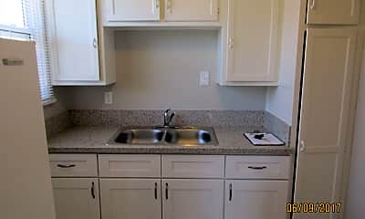 Kitchen, 403 E Freeland St, 0