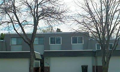 Building, 918 N 39th St, 0