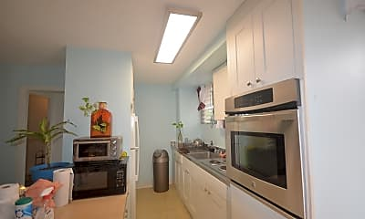 Kitchen, 225 Lili?uokalani Ave, 0