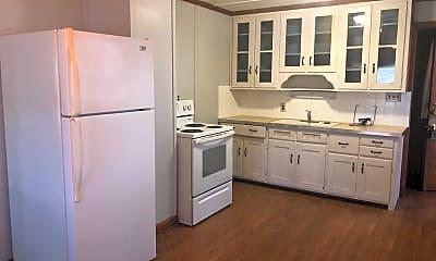 Kitchen, 950 Fairlawn Ave, 2