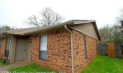 Building, 900 Acacia Cir, 1