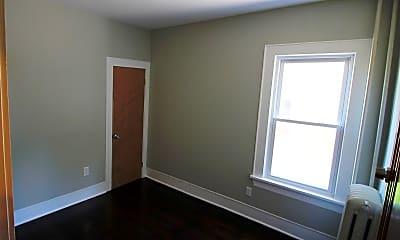 Bedroom, 69 Winthrop Ave, 2