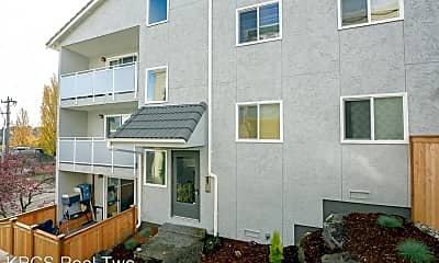 Building, 3046 SW Avalon Way, 1