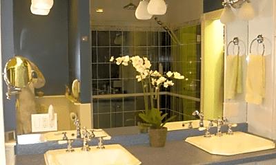 Bathroom, 6 St Paul St, 2