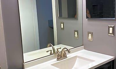 Bathroom, 905 Berwyck Ct, 2