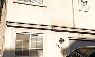 Building, 2040 Betty Davis St, 1