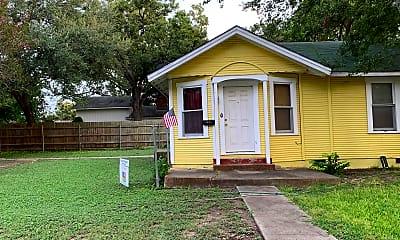 Building, 923 N Heideke St, 0