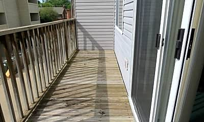 Patio / Deck, 905 W Springfield, 1
