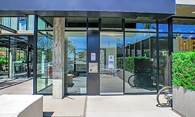 Building, 3752 Park Blvd, 1