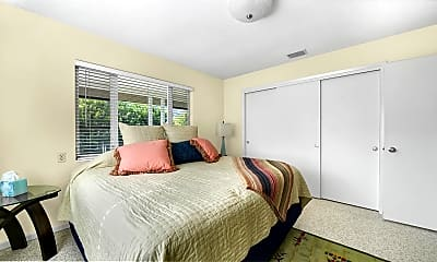 Bedroom, 652 S McCall Rd, 1