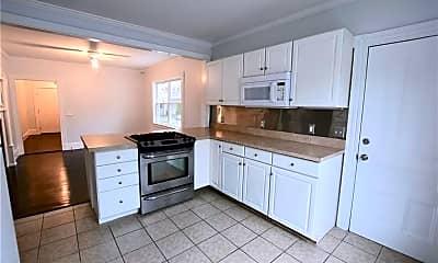 Kitchen, 1 Dresser St 1, 1