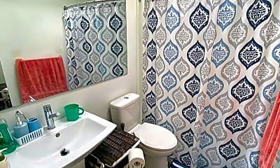 Bathroom, 4456 Erie Ave 2, 2