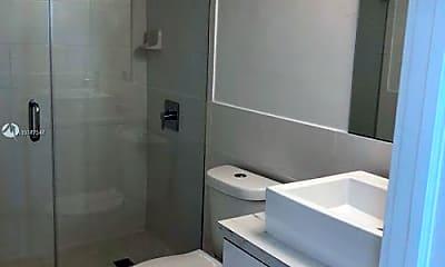 Bathroom, 500 NE 26th St, 0