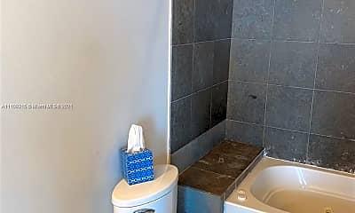 Bathroom, 3029 NE 188th St 503, 2