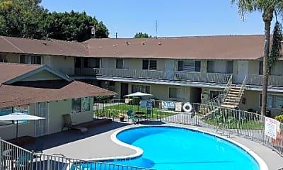 Pool, 780 W Glentana St, 0