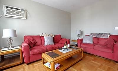 Living Room, 1045 67th St, 2
