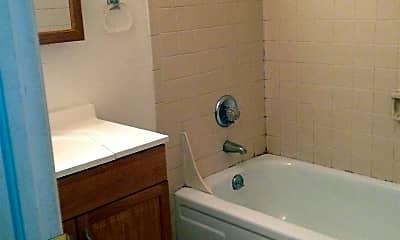 Bathroom, 2525 Spruce St, 1