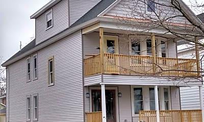 Building, 14 W Erie St, 1
