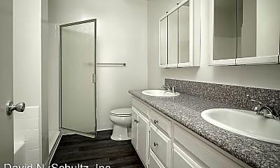 Bathroom, 1120 Alhambra Rd, 2