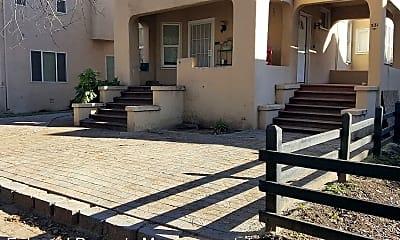 Patio / Deck, 527 W 5th St, 1