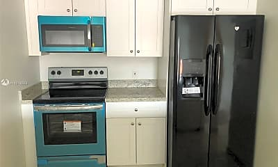 Kitchen, 555 NE 123rd St 212-B, 1