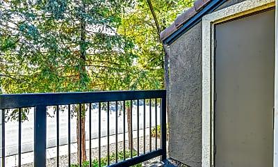 Patio / Deck, La Vina Apartments, 2