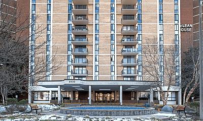 Building, 6800 Fleetwood Rd, 1