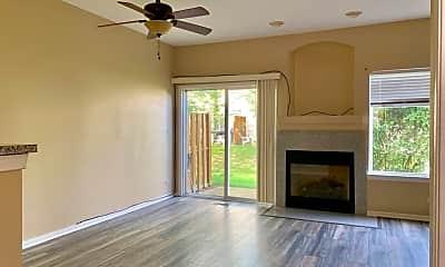 Living Room, 988 Park Hill Cir, 1