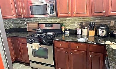 Kitchen, 12 Lee Ct, 1