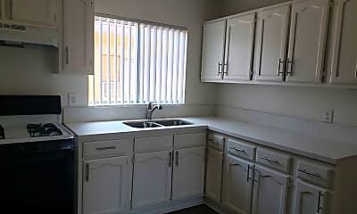 Kitchen, 451 E 55th St, 1