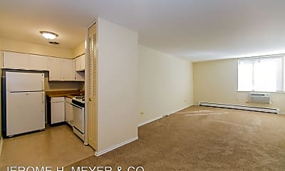 525 W. Deming Place, 1