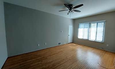 Bedroom, 1408 N Broadway, 2