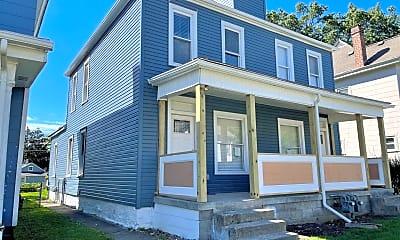 Building, 109 E Maynard Ave, 1