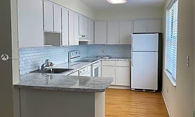 Kitchen, 1051 Meridian Ave 1D, 1