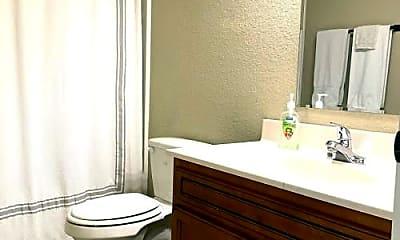 Bathroom, 1071 W Malibu St, 2