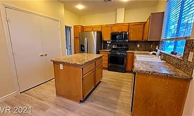 Kitchen, 8480 Garnet Peak Ct, 1