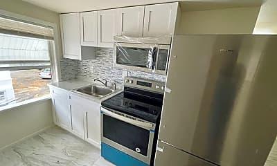 Kitchen, 1157 Drew St, 0