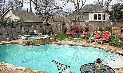Pool, 6155 Richmond Ave, 1