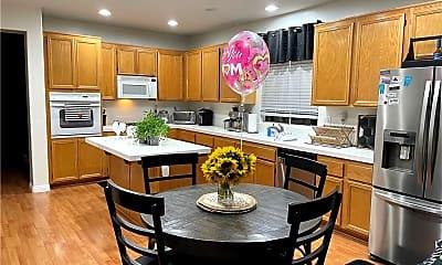 Kitchen, 7568 Morning Crest Pl, 1