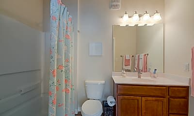 Bathroom, The Park on Morton - Per Bed Leases, 2